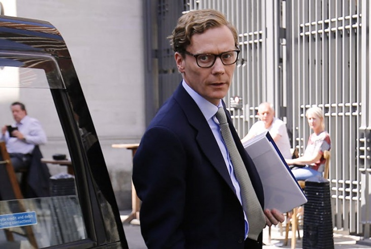 Alexander Nix, CEO denunciado de Cambridge Analytica.