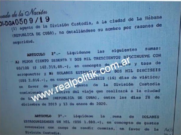 Cristina visita a su hija en Cuba